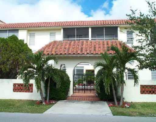 371 SW 8th Street 1-C-W, Boca Raton, FL 33432 (#RX-10577577) :: Ryan Jennings Group