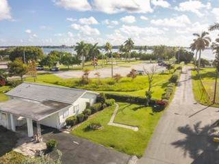 651 Oak Street, Boynton Beach, FL 33435 (#RX-10577663) :: Ryan Jennings Group