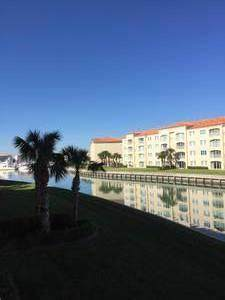 19 Harbour Isle Drive W #205, Fort Pierce, FL 34949 (MLS #RX-10578949) :: Castelli Real Estate Services