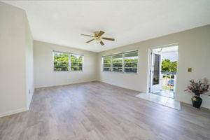 290 Camden L #290, West Palm Beach, FL 33417 (#RX-10579707) :: Ryan Jennings Group
