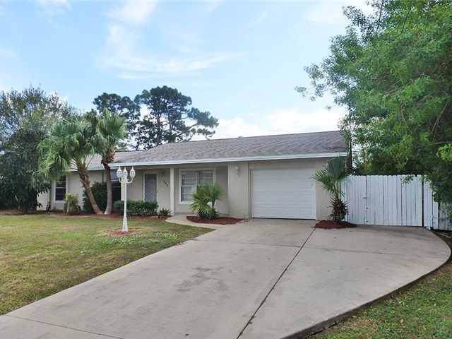 882 SE Walters Terrace, Port Saint Lucie, FL 34953 (MLS #RX-10579721) :: Berkshire Hathaway HomeServices EWM Realty