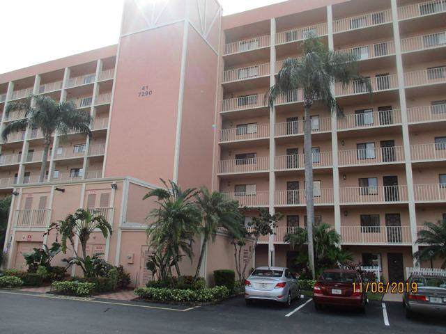 7290 Kinghurst Drive #106, Delray Beach, FL 33446 (#RX-10580735) :: Ryan Jennings Group
