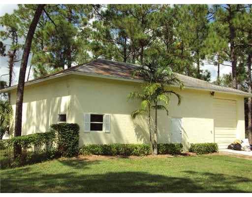 15060 N 25th Place, Loxahatchee Groves, FL 33470 (#RX-10582004) :: Ryan Jennings Group