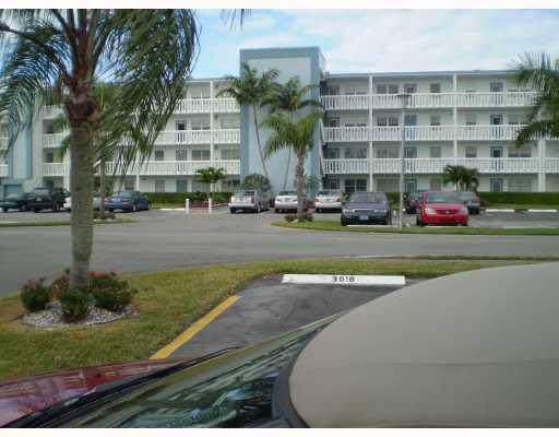 2055 Exeter D, Boca Raton, FL 33434 (#RX-10583368) :: Ryan Jennings Group
