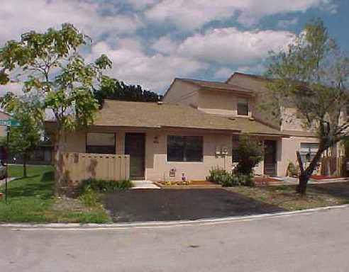 5347 Tennis Lane, Delray Beach, FL 33484 (#RX-10584706) :: Ryan Jennings Group