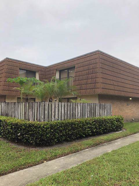 245 Charter Way Way, West Palm Beach, FL 33407 (#RX-10586813) :: Ryan Jennings Group