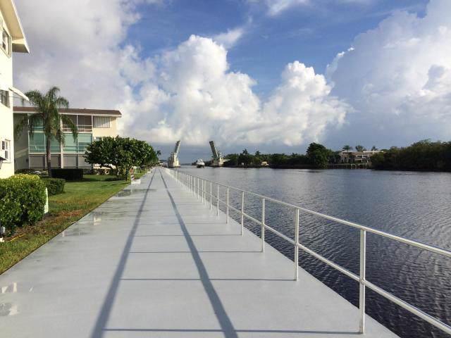 660 Horizons W #212, Boynton Beach, FL 33435 (#RX-10587174) :: Ryan Jennings Group