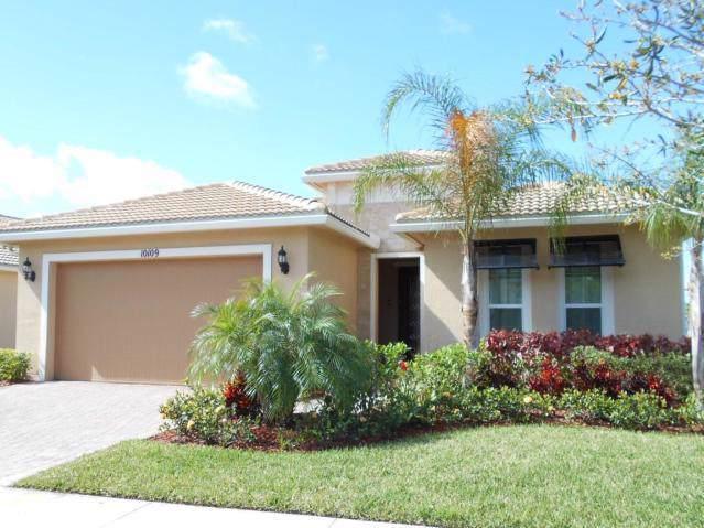 10109 SW Fernwood Avenue, Port Saint Lucie, FL 34987 (#RX-10589791) :: Ryan Jennings Group