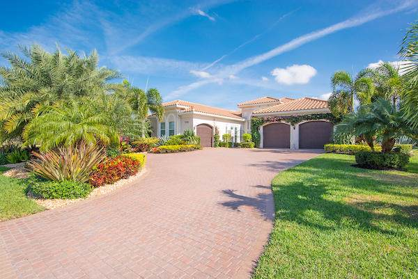 7792 Arbor Crest Way, Palm Beach Gardens, FL 33412 (#RX-10590739) :: Ryan Jennings Group