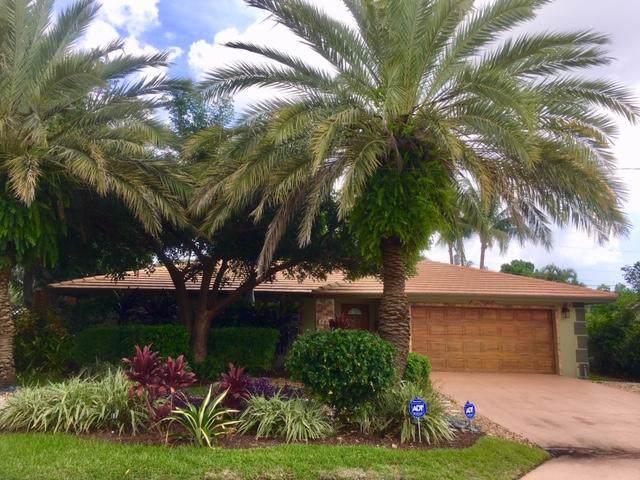 701 Sunshine Drive, Delray Beach, FL 33444 (#RX-10590873) :: Ryan Jennings Group