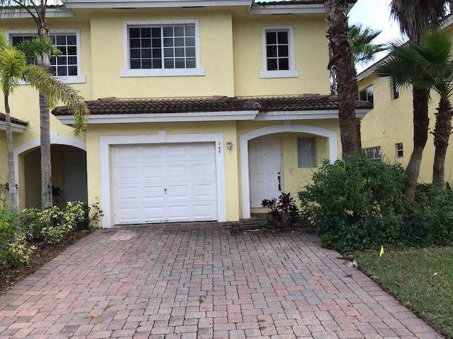 748 Imperial Lake Road, West Palm Beach, FL 33413 (#RX-10592411) :: Ryan Jennings Group