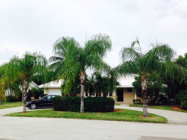 885 NE 6th Street, Boca Raton, FL 33432 (#RX-10592747) :: Ryan Jennings Group