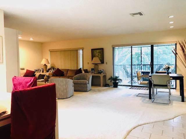 46 Stratford Lane # B, Boynton Beach, FL 33436 (MLS #RX-10593158) :: The Paiz Group