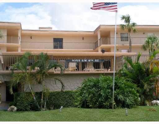 9355 SW 8th Street #405, Boca Raton, FL 33428 (#RX-10593248) :: Ryan Jennings Group