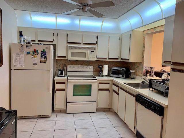 18800 Haywood Terrace #1, Boca Raton, FL 33496 (#RX-10593619) :: Ryan Jennings Group