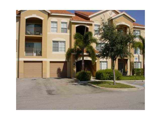 4280 San Marino Boulevard #106, West Palm Beach, FL 33409 (#RX-10594023) :: Ryan Jennings Group