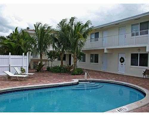 1878 NE 46th Street C7, Fort Lauderdale, FL 33308 (#RX-10594399) :: Ryan Jennings Group