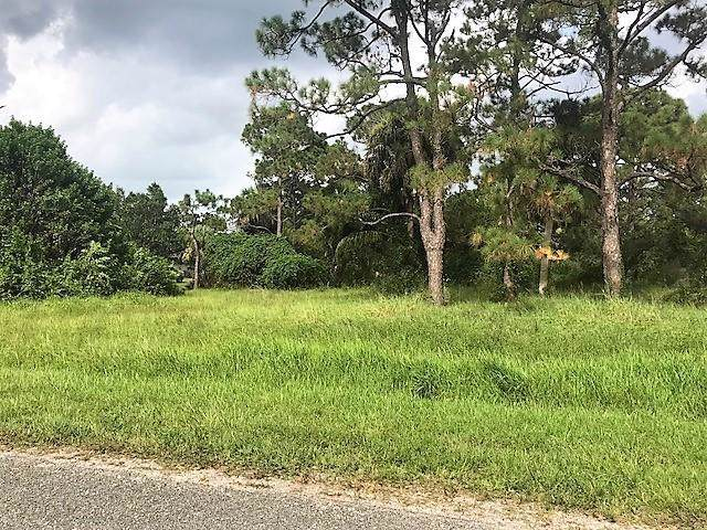 5766 Pinetree Drive, Fort Pierce, FL 34982 (#RX-10594502) :: Ryan Jennings Group