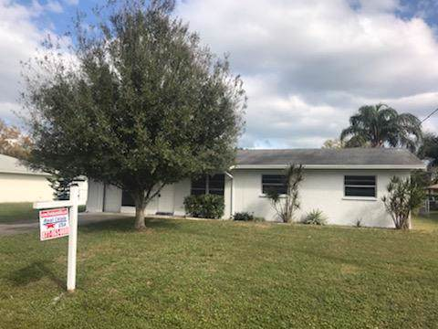 5600 Myrtle Drive W, Fort Pierce, FL 34982 (MLS #RX-10594542) :: Castelli Real Estate Services