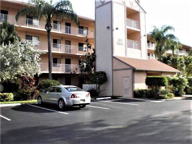 7341 Amberly Lane #403, Delray Beach, FL 33446 (#RX-10594892) :: Ryan Jennings Group