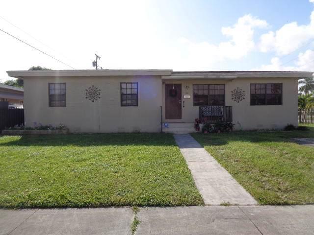 11630 SW 140th Terrace, Miami, FL 33176 (#RX-10596040) :: Ryan Jennings Group