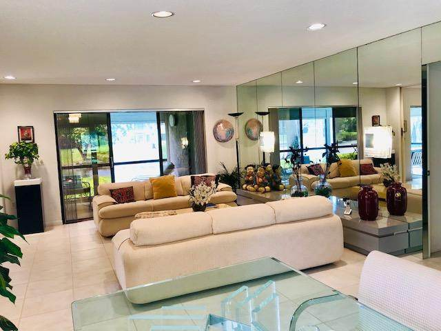 46 Stratford Lane # A, Boynton Beach, FL 33436 (MLS #RX-10598837) :: The Paiz Group
