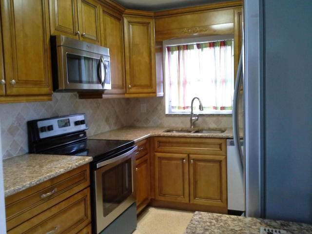 301 Masters Road, Lake Worth, FL 33461 (#RX-10600880) :: Ryan Jennings Group