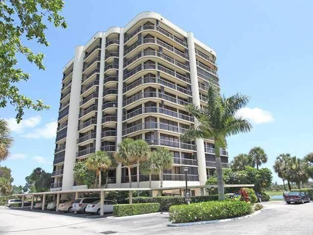 2427 Presidential Way #701, West Palm Beach, FL 33401 (#RX-10601021) :: Ryan Jennings Group