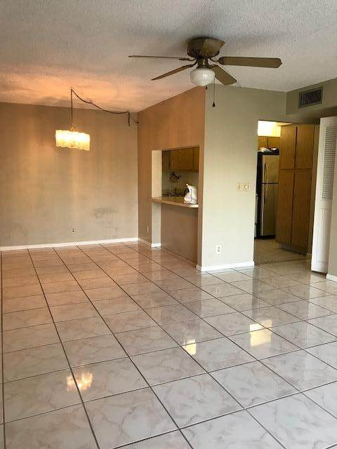 3606 Alder Drive D2, West Palm Beach, FL 33417 (#RX-10601798) :: Ryan Jennings Group
