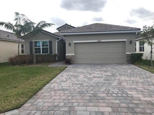 4584 NW King Court, Jensen Beach, FL 34957 (MLS #RX-10601993) :: Castelli Real Estate Services