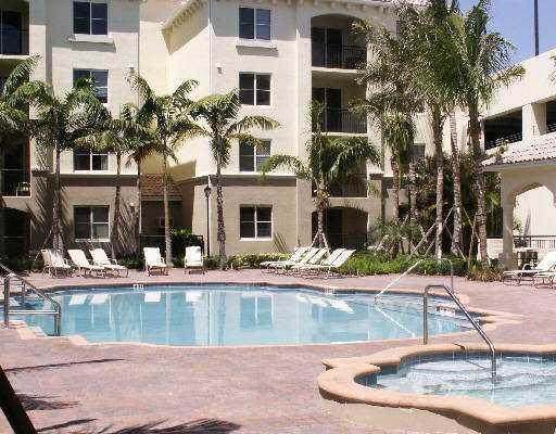 4 Renaissance Way #414, Boynton Beach, FL 33426 (#RX-10602339) :: Ryan Jennings Group