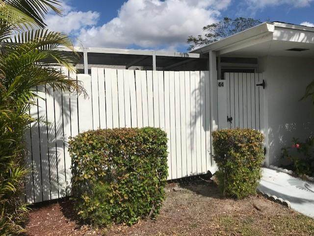 44 East Court, Royal Palm Beach, FL 33411 (MLS #RX-10602835) :: Berkshire Hathaway HomeServices EWM Realty