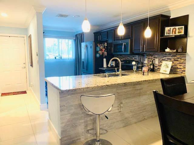 6623 Winfield Boulevard 2-4, Margate, FL 33063 (#RX-10603422) :: Ryan Jennings Group
