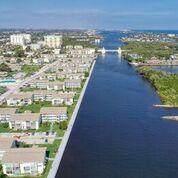 610 Horizons E #109, Boynton Beach, FL 33435 (MLS #RX-10603841) :: Berkshire Hathaway HomeServices EWM Realty