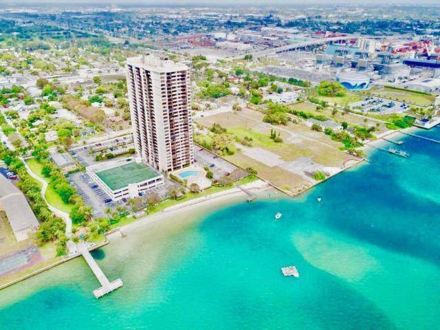 5600 N Flagler Drive #2610, West Palm Beach, FL 33407 (#RX-10603932) :: Ryan Jennings Group