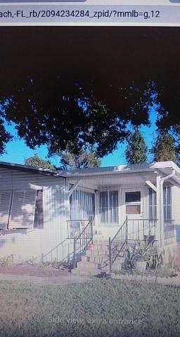 539 NE Sapphire, Jensen Beach, FL 34957 (MLS #RX-10605094) :: Berkshire Hathaway HomeServices EWM Realty