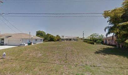 1111 SE 5th Avenue, Cape Coral, FL 33990 (MLS #RX-10605110) :: Berkshire Hathaway HomeServices EWM Realty