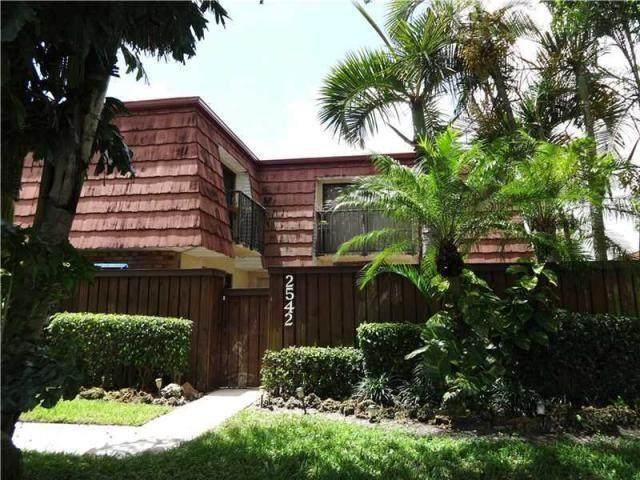 2542 SW 15th Street #2542, Deerfield Beach, FL 33442 (#RX-10605558) :: Ryan Jennings Group