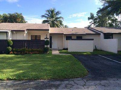 101 Conaskonk Circle, Royal Palm Beach, FL 33411 (#RX-10606666) :: Ryan Jennings Group