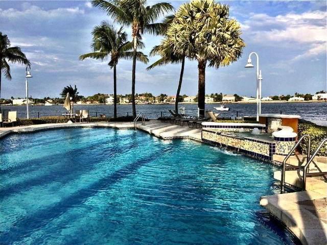 123 Yacht Club Way #206, Hypoluxo, FL 33462 (MLS #RX-10606767) :: Castelli Real Estate Services