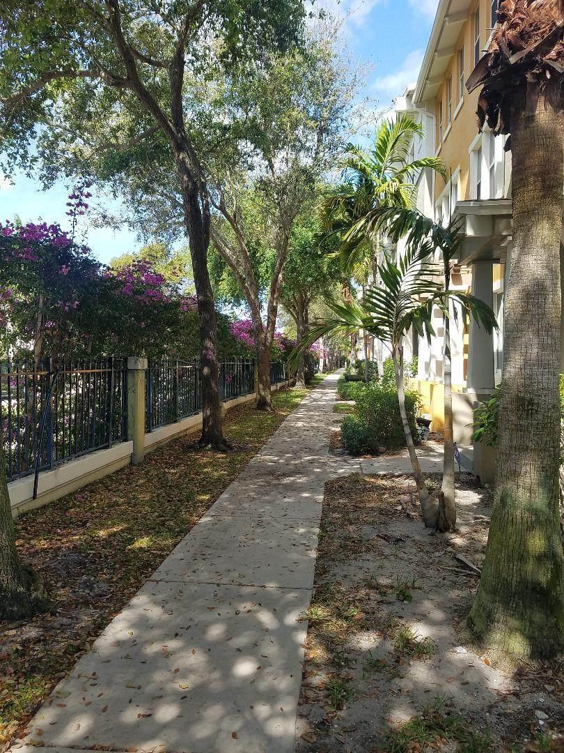 430 Amador Lane - Photo 1