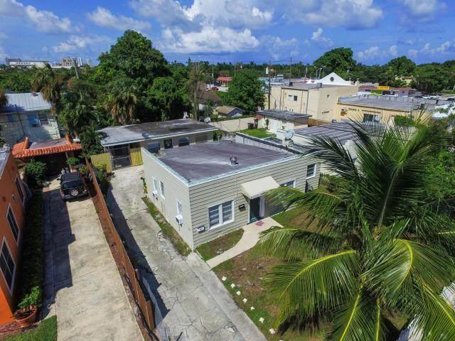 417 El Prado, West Palm Beach, FL 33405 (#RX-10609369) :: Posh Properties
