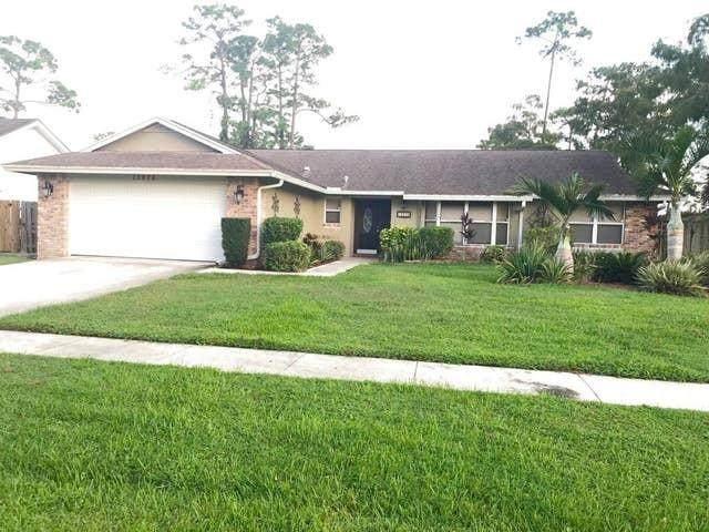 13976 Aster Avenue, Wellington, FL 33414 (#RX-10611286) :: Treasure Property Group