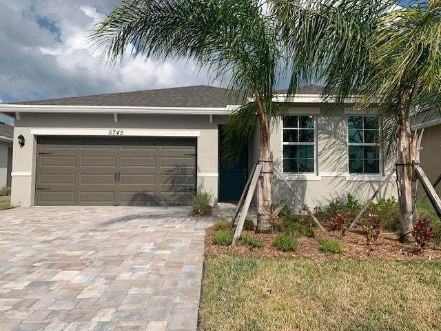 5745 SE Pinehurst Trail, Hobe Sound, FL 33455 (#RX-10612344) :: The Rizzuto Woodman Team
