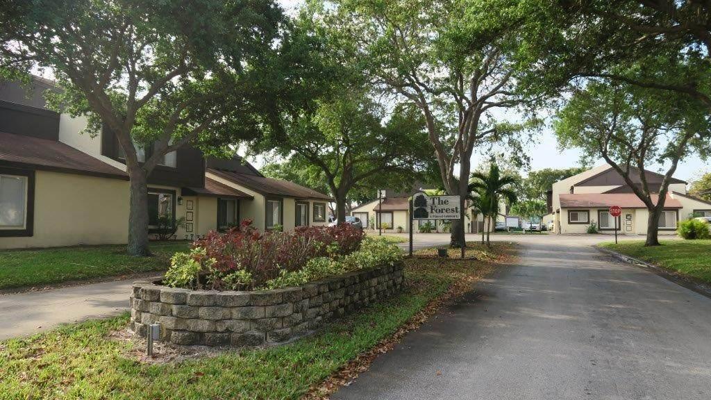 5292 Bosque Lane - Photo 1