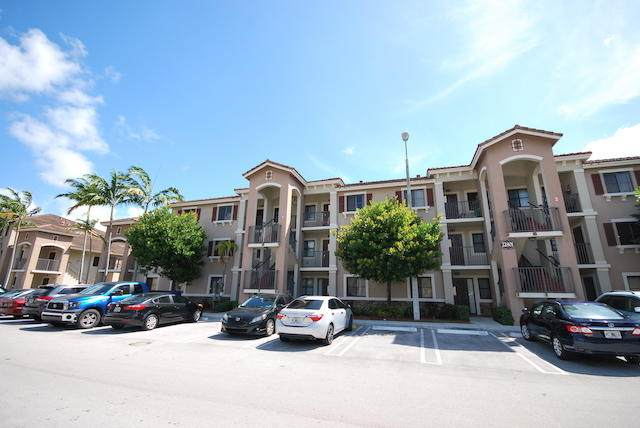 22801 SW 88th Place #202, Cutler Bay, FL 33190 (#RX-10614069) :: Treasure Property Group
