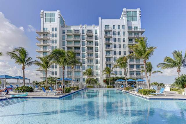 300 S Australian Avenue #103, West Palm Beach, FL 33401 (#RX-10614695) :: Ryan Jennings Group