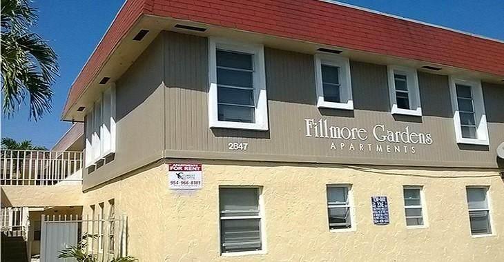 2851 Fillmore Street - Photo 1