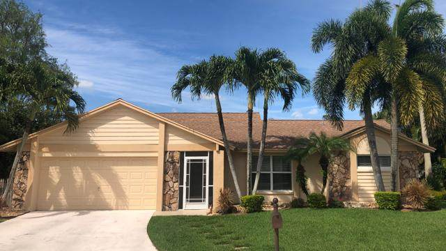 9815 Cross Pine Court, Lake Worth, FL 33467 (#RX-10620240) :: Ryan Jennings Group