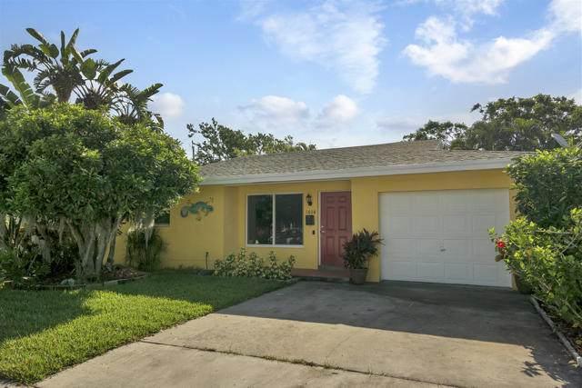 1608 N M Street, Lake Worth, FL 33460 (#RX-10624113) :: Ryan Jennings Group